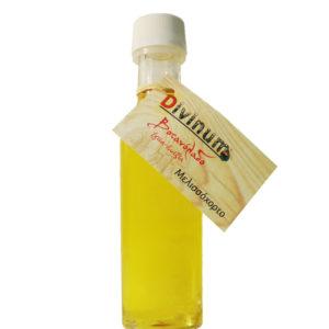 Μπουκαλάκι που περιέχει 100ml λάδι από μελισσόχορτο της εταιρίας divinum
